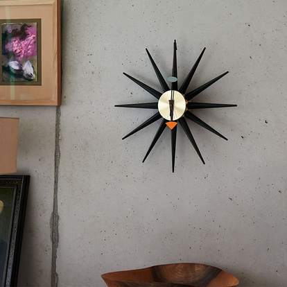 VITRA Sunburst Clock black/brass - Фото 3